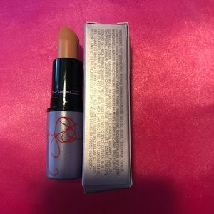 MAC Kelly Osbourne Strip Poker Lipstick